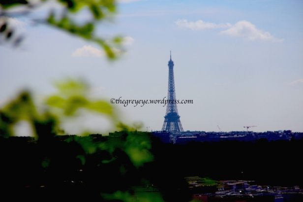 Eiffel tower from the train to Versailles